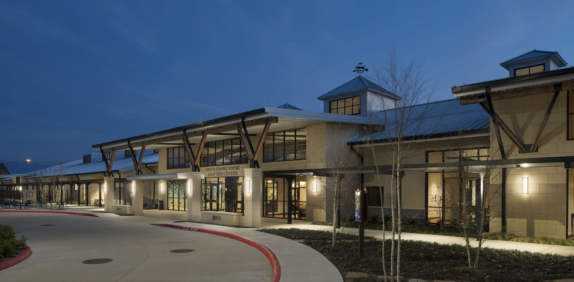 Jackson & Ryan Architects Houston SPCA Campus for All Animals 15 Adoption Center